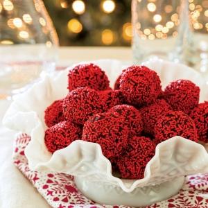 Red Velvet Cake Balls Recipe Christmas Treats