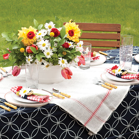 summer barbecue tablesetting