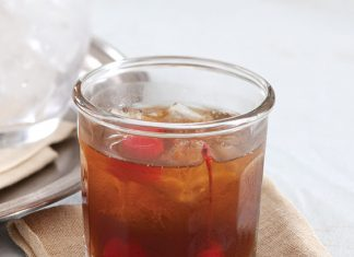 sweet tea manhattans