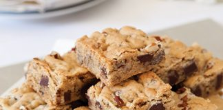 Chocolate-Chunk-Blondies