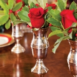 red-rose-silver-budvase