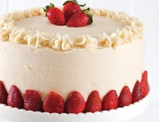 strawberry-chambord-cake