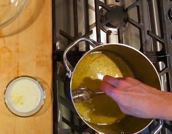 clarifying-butter