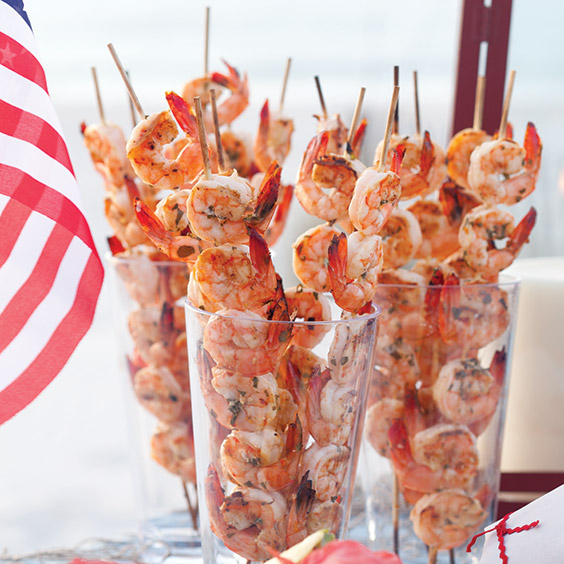 garlic basil shrimp skewers