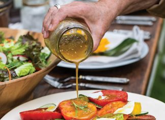 Heirloom Tomato Salad with Shallot Vinaigrette - Paula Deen Magazine