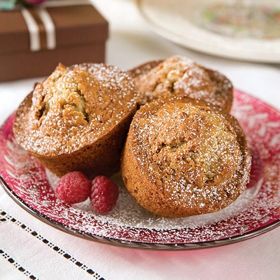 Banana Nut Muffins - Paula Deen Magazine