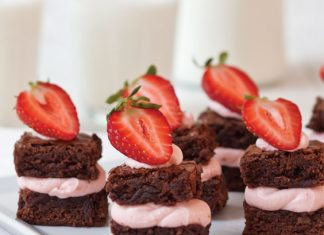 Strawberry Brownie Bites