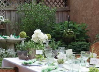 garden green tablescape