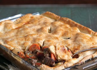Hearty Pot Pies Beef and Caramelized Onion Pot Pie