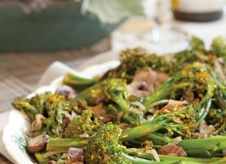 Sautéed Broccolini and Mushrooms