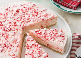 Frozen Peppermint Mousse Pie