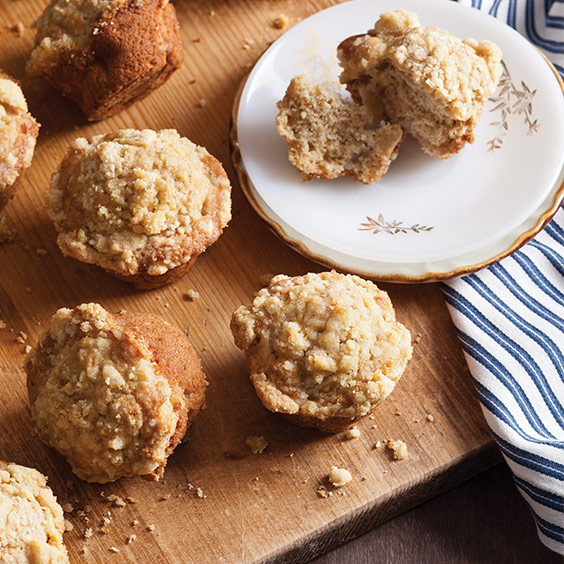 Pear Apple Cornmeal Muffins with Streusel