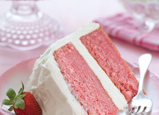 Strawberry Cake with White Chocolate Cream Cheese Frosting