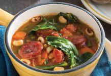 Black-Eyed Peas and Collard Greens Soup