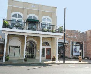 Hamilton House Inn & Reception Galleryin Monroe-West Monroe